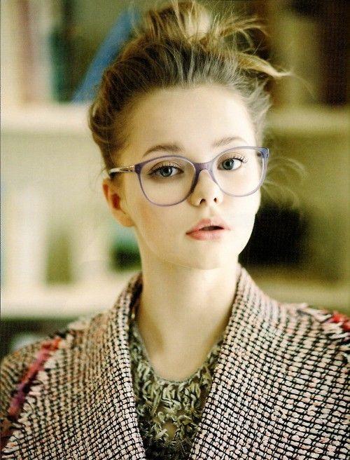 あなたをもっと輝かせてくれる!人気ブランドのメガネたち☆のサムネイル画像
