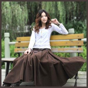 ロングスカートでオシャレに暖かく♡冬に大活躍間違いなし♡のサムネイル画像