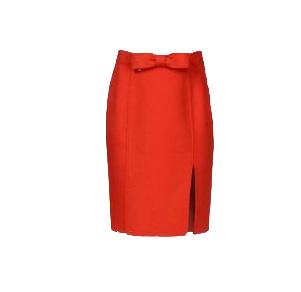 最大限引き出す!膝丈スカートで大人な魅力ファッションコーデ☆のサムネイル画像