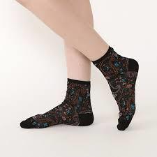 メリノウールの靴下をご紹介!雑菌の繁殖を防いで防臭効果抜群!のサムネイル画像