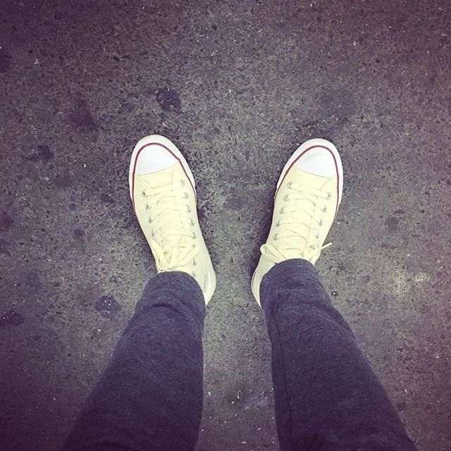 【必見!】お気に入りの靴は長く使いたい!靴の種類別の洗い方のサムネイル画像