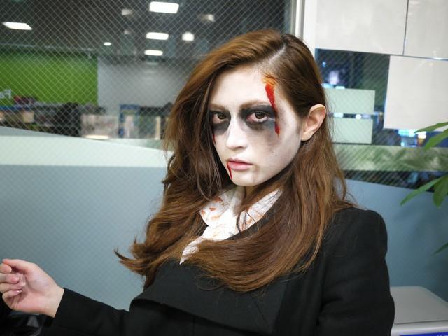 今年のハロウィンはどんな仮装をする?大人気のゾンビになる方法!のサムネイル画像