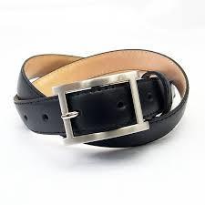 カジュアルやビジネスにおすすめのレディーススーツベルトをご紹介!のサムネイル画像