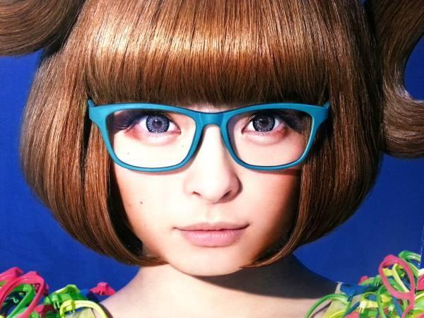眼鏡は選び方で誰でも似合う♡眼鏡がしたくなる選び方のコツご紹介のサムネイル画像