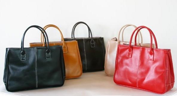 お仕事バッグみんなはどんなの使ってる?ビジネスカバンランキング!のサムネイル画像