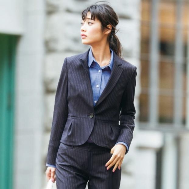 ed84ef5cf74357 スーツだっておしゃれにキメたい! 細身のスーツをご紹介!!|