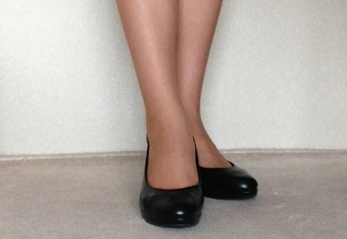 立ち仕事さんが選ぶ仕事靴!自分の足にあったパンプス選び方のサムネイル画像
