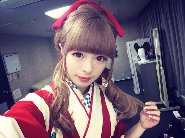 成人式や卒業式などに♪袴に似合うおすすめのヘアスタイル♡のサムネイル画像