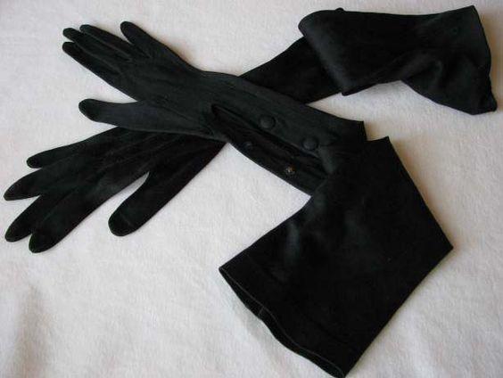 手荒れ女子必見!シルクの手袋で手荒れや紫外線対策も欲張りケア☆のサムネイル画像