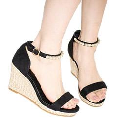 今年の流行りの靴はコレ!押さえておきたい靴3種類をチェック♪のサムネイル画像