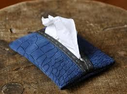 ブランドのポケットティッシュケースを使いこなしませんか?のサムネイル画像