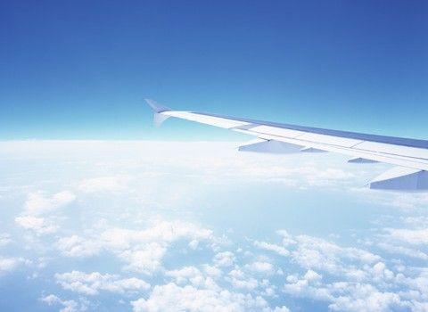 身軽な旅を!スーツケースの中をすっきりさせるパッキング方法のサムネイル画像
