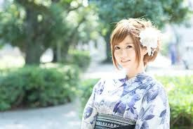 意外と悩む着物のヘアセット。あなたに似合う素敵なスタイルのご紹介のサムネイル画像