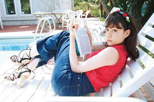 常夏こそ『情熱の赤』を。赤い服をまとって暑い夏を楽しもう!のサムネイル画像