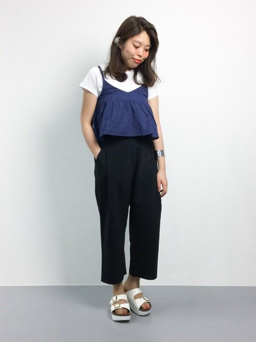 オシャレはガマン、じゃありません。夏はTシャツコーデがおすすめのサムネイル画像