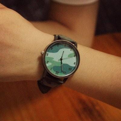 【ボーイシュに楽しむ】カジュアルなおしゃれには迷彩腕時計のサムネイル画像