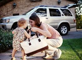 収納力、可愛さ、軽量、わがままな要望を満たすママバッグはコレ!のサムネイル画像