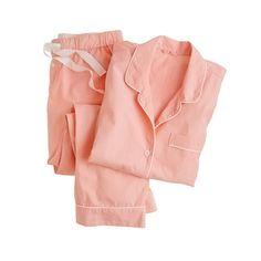 パジャマを普段のおしゃれな洋服として着こなすのが今のトレンド。のサムネイル画像