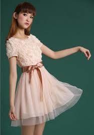 699d0a5058992 パーティードレスをご紹介!冬のドレスは肩を隠して寒さ対策!|